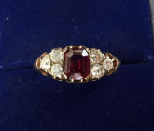 Beautiful 18ct gold edwardian 1ct ruby and old cut diamond antique ring